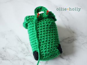 Free Toronto Green Bin Amigurumi Crochet Pattern Step 11