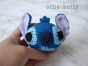 Free Disney Lilo & Stitch Amigurumi Crochet Keychain/Bag Charm Pattern Step 11