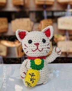 Free Maneki Neko Lucky Cat Amigurumi Crochet Pattern