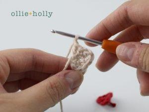 Free Maneki Neko Lucky Cat Amigurumi Crochet Pattern Step 4